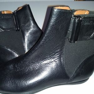 Women Calvin Klein black boots 7, 7.5 9  9.5 New